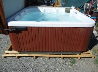 Used Hot Tubs Spas for sale in Spokane and Coeur d\'Alene areas.